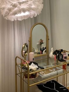 Hippie Bedroom Decor, Hippy Room, Room Ideas Bedroom, Bedroom Inspo, Pretty Room, Room Goals, Dream Apartment, Aesthetic Bedroom, Fashion Room