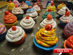 Art in the big green room: grade clay cupcakes clay projects for kids, Clay Projects For Kids, Kids Clay, School Art Projects, Children Projects, Sculpture Lessons, Food Sculpture, Ck Summer, Third Grade Art, Ceramics Projects