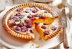 Have a slice of this 5-ingredient raspberry and almond tart for morning tea... and maybe for afternoon tea, too!