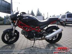 Ducati Monster 695 - Street Fighter Motorcycle, 2008 Year, Technical Specification and Photos Street Fighter Motorcycle, Womens Motorcycle Helmets, Honda Motorcycles, Vintage Motorcycles, Ducati Monster 695, Architecture Tattoo, Royal Enfield, Motorbikes, Race Cars
