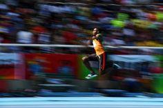 Den Absprung geschafft: Troy Doris tritt im Dreisprung an. Für eine Medaille...