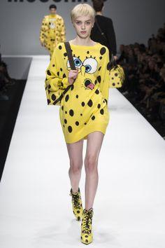 FASHION NEWS --- FASHION NEWS --- FASHION NEWS « MOSCHINO » DÉFILÉ- AUTOMNE-HIVER 2014/2015 – PRET-A-PORTER – FEMME – MILAN FASHION WEEK RETROUVEZ TOUTES LES IMAGES DE LA COLLECTION EN CLIQUANT LE LIEN: http://fashionblogofmedoki.com/