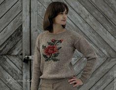 Купить Шерстяной свитер с розой - бежевый, шерстяной свитер с розой, свитер из шерсти, шерстяной свитер
