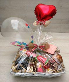 Queremos verte un poquito más feliz, busca una excusa, y regala un desayuno, un cofre lleno de chuches, de las de siempre, o cualquiera de nuestros detalles, a domiclio. Emocionante, bonito, inolvidable....Sorpresa!! www.cestasdosamores.es Wedding Favor Boxes, Wedding Gifts, Homeade Gifts, Burlap Cross, Personalized Wedding Favors, Handmade Christmas Gifts, Birthday Diy, Balloon Decorations, Gift Packaging