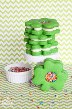 Easy sprinkle filled shamrock cookie sandwiches AND an adjustable rolling pin giveaway!