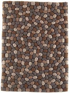 http://www.benuta.de/teppich-pebbles-rot-3.html PEBBLE aus der aktuellen benuta-Kollektion versprüht jugendlichen Charme und stylishes Trendbewusstsein. Das innovative, reliefartige Design aus 100% Wolle zieht die Blicke auf sich und macht jeden Raum zu etwas Besonderem. (Teppich Pebble)