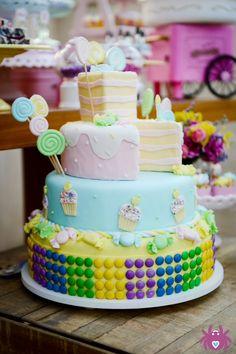 Tema: *Loja de Doce da Nina* Bolo: Os Doces da Jow  #DonaAranha #DonaAranhaFestas #KidsParty #FestasInfantis #Ideias #Detalhes #Details #Decoracao #DecoracaodeFestas #InstaParty #PartyIdeas #Cake #Party