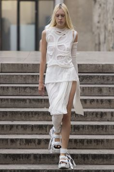 Rick Owens Spring 2018 Ready-to-Wear Fashion Show Collection