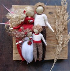 Klárčiny doplňky | Fler.cz Wet Felting, Needle Felting, Felt Fairy, Wool Felt, Macrame, Christmas Wreaths, Dolls, Sewing, Holiday Decor
