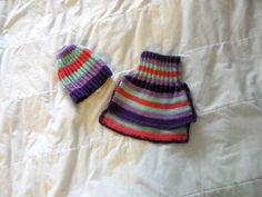 1/4. Wool-langasta neulotut raidalliset talviasusteet.