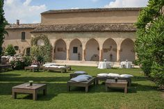 Often featured in glossy magazines, the breathtakingly beautiful, 'Convento dell'Annunciata di Medole' is one of those rare intimate wedding venues in Italy that has to be seen to be believed