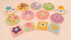 Fondant flower sugar cookies