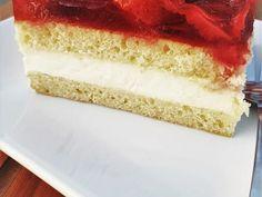 Biszkopt z truskawkami i kremem budyniowym Vanilla Cake, Food, Essen, Meals, Yemek, Eten