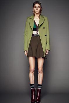Оливково-салатовое пальто!