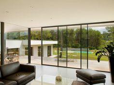 Fenetre avec ouverture par le haut Maison Et Devis | Living room ...