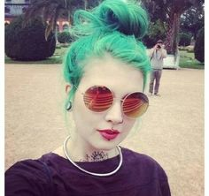 Medusa and labret combo is so petty. And her blue green hair is awesome