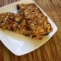 No Corn Syrup Granola Bars and other healthy granola recipes on MyNaturalFamily.com #granola #recipe