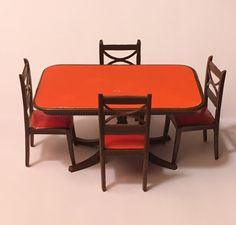 Dollhouse Miniature Dining Room Table and Chairs