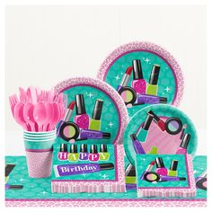 Pamper the birthday girl with the Creative Converting Sparkle Spa Birthday Tableware Kit. Featuring cheetah print and assorted makeup, the adorable set includes plates, cups, cutlery, and more for the ultimate celebration. Kinder Spa Party, Spa Day Party, Salon Party, Girl Spa Party, Sleepover Birthday Parties, Birthday Party Decorations, Birthday Ideas, Pamper Party, Spa Birthday Cake