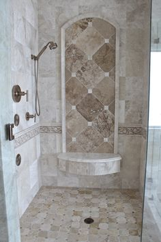 Badezimmerträume Who wouldn't want this amazing shower in their master bath? Master Bathroom Shower, Bathroom Shower Tile, Lake House Bathroom, Bathroom Renovations, Amazing Showers, Tuscan Bathroom, Bathroom Shower, Bathroom Design Luxury, Luxury Bathroom