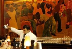 Sazerac Bar in the New Orleans Roosevelt Hotel - awesomeness! I love the murals of Roaring '20s people partying!