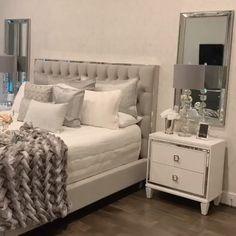 Glam bedroom design by . Simple Bedroom Design, Luxury Bedroom Design, Bedroom Bed Design, Room Ideas Bedroom, Home Room Design, Home Decor Bedroom, Living Room Designs, Glam Bedroom, Bedroom Furniture
