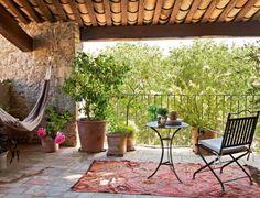 Gorgeous backyard garden designs // Jardines hermosos // via @CasaHaus