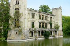 Château de la Mothe-Chandeniers - Les Trois- Moutiers - France.