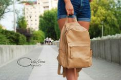 leather handcrafted backpack!! Leather Backpack, Leather Bag, Backpacks, Bags, Fashion, Handbags, Moda, Leather Book Bag, La Mode