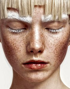 "Beauty Editorials Revs Magazine -""In Time"" Photographer: Josefine Bäckstrom / Makeup Artist: Catarina Cruz / Hair n: Amanda Holmsten People Photography, Beauty Photography, Portrait Photography, Beauty Make Up, Hair Beauty, Makeup Art, Hair Makeup, Photographie Portrait Inspiration, Perfect Eyebrows"