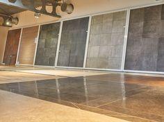 Showroom Interior Design, Showroom Ideas, Tile Showroom, Bathroom Showrooms, Kitchen Room Design, Office Interiors, Retail, Windows, Studio