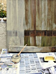 old fence photo prop @Kisha Hope Christman you could totally take a pallet, stain it and turn it into a fence background, especially for babies!!!!