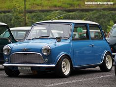 classic mini - like the widened rims, but maybe with hub caps!