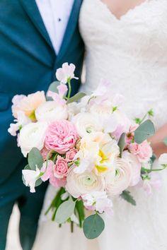 Blush + Ivory Bouquet   Lowndes Grove Plantation Wedding by Charleston wedding photographer Dana Cubbage