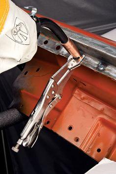 Mig Welding Tips, Welding Gear, Diy Welding, Sheet Metal Fabrication, Welding And Fabrication, Welded Metal Projects, Welding Projects, Auto Body Work, Types Of Welding