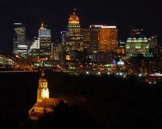 Overlooking the Cincinnati Skyline from Bellevue, Kentucky, USA