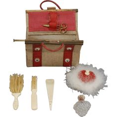 Fashion Doll Necessaire