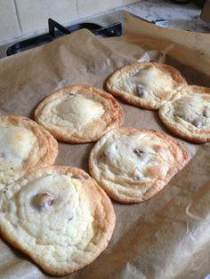 Ben's 'Style' Cookies – Recipe, http://ramblingsofafoodaddict.com/2013/04/24/bens-cookies-recipe/