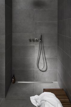 We develop and deliver innovative solutions for shower cubicles that add quality in design, functionality and creates an improved construction process. Grey Bathroom Tiles, Basement Bathroom, Bathroom Flooring, Small Bathroom, Rustic Bathroom Designs, Modern Bathroom Design, Bathroom Interior Design, Half Wall Shower, Shower Cubicles
