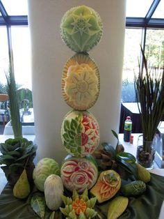 Stunning Carved Melon Tower