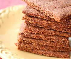 Homemade Graham Crackers (Low Carb and Gluten Free) and Environmentally Responsible Companies | All Day I Dream About Food
