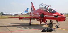 Red Arrow Plane, Zhuhai, Royal Air Force, Air Show, A Decade, Arrows, Fighter Jets, Aviation, Aircraft