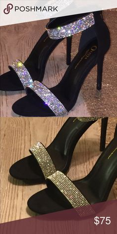 NEW✨✨Rhinestone beautiful women's shoes✨✨ Omg these shoes are beautiful and to get the full effect check them out on my IG page @honeywheat Shoes Heels