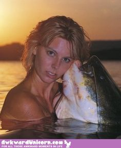The Most Amazingly Awkward Glamour Shots You've Ever Seen Awkward Pictures, Awkward Family Photos, Funny Pictures, Animal Pictures, Vacation Humor, Vacation Ideas, Vacation Games, Plenty Of Fish, Dinner And A Movie