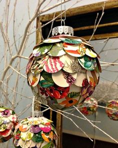 Good way to use old Christmas cards by making paper ornaments. The directions aren't given on this site, but still a cool idea Christmas Card Crafts, Noel Christmas, Diy Christmas Ornaments, Christmas Balls, Christmas Projects, All Things Christmas, Holiday Crafts, Whimsical Christmas, Recycled Christmas Decorations