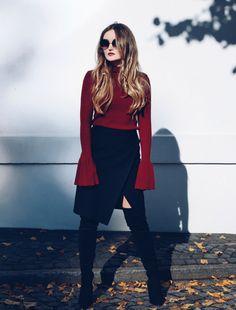 Goddressthequeen – #Fashion #Blogger Anastasia Rastorguev wearing H&M #pullover with #statement #sleeves in #Hamburg #handm #ootd #hmootd #dressesup #dressup #barcelona #elborn #germanblogger #russianbogger #melbourneblogger #summerdress #barcelonablogger #hamburgblogger #hamburgstreetstyle #streetstyle