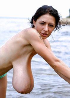 Hentai big boobs bikini