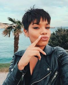 The best collection of Short Pixie Hairstyles for 2019 Pixie Bangs, Pixie Cut With Bangs, Long Pixie Cuts, Short Pixie Haircuts, Pixie Hairstyles, Short Hair Cuts, Short Hair Styles, Black Pixie Haircut, Short Choppy Bangs