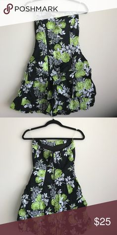 Green Flower Strapless Dress 97% Cotton 3% Spandex Size 1 Speechless Dresses Strapless