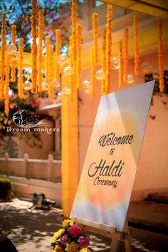 Desi Wedding Decor, Wedding Hall Decorations, Wedding Mandap, Diy Wedding Backdrop, Wedding Props, Wedding Receptions, Haldi Ceremony, Mehndi Ceremony, Mehndi Decor
